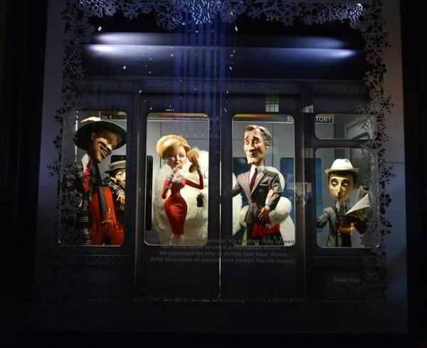 best-window-displays_saks-fifth-avenue_2013_christmas_the-yeti-story_05-960x783