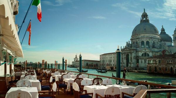 Club_del_Doge_Restaurant_Terrace