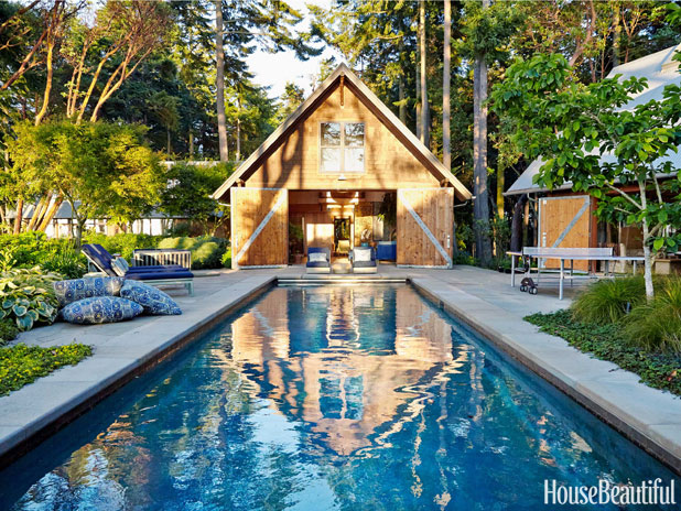 07-hbx-barn-doors-poolhouse-roberts-0614-lgn