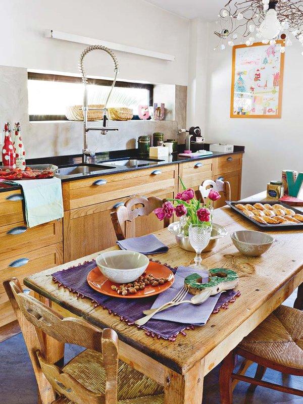 cocina-con-un-toque-rustico-chic_ampliacion