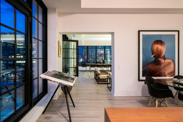 sky-garage-penthouse-at-200-11th-avenue-new-york-13b-600x400