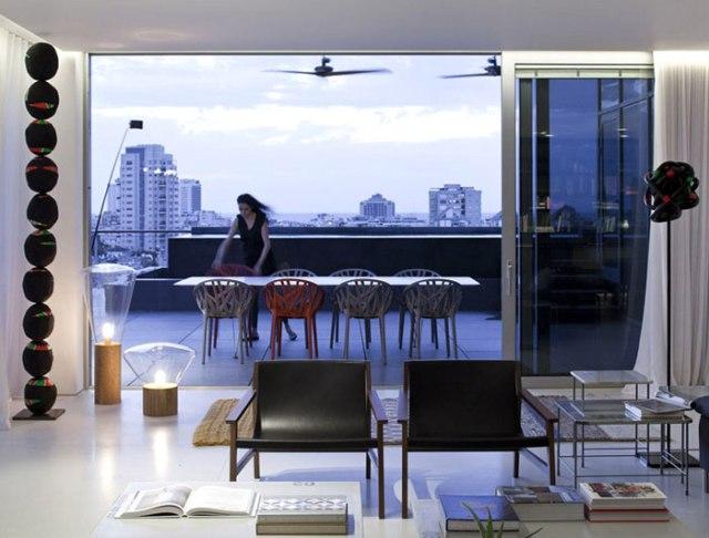 tel-aviv-penthouse-pitsou-kedem-infinity-pool-overlooking-city