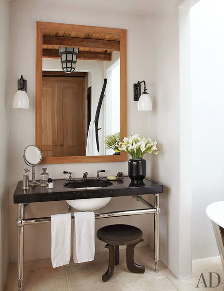 item10.rendition.slideshowVertical.alfredo-paredes-brad-goldfarb-new-york-apartment-11-master-bath