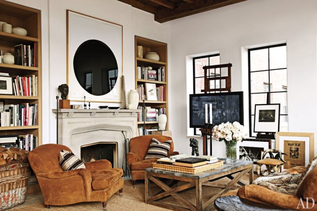 item2.rendition.slideshowHorizontal.alfredo-paredes-brad-goldfarb-new-york-apartment-03-living-area