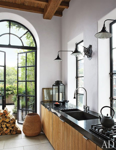 item5.rendition.slideshowVertical.alfredo-paredes-brad-goldfarb-new-york-apartment-06-kitchen
