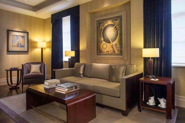 8110-classic-sitting-room-3