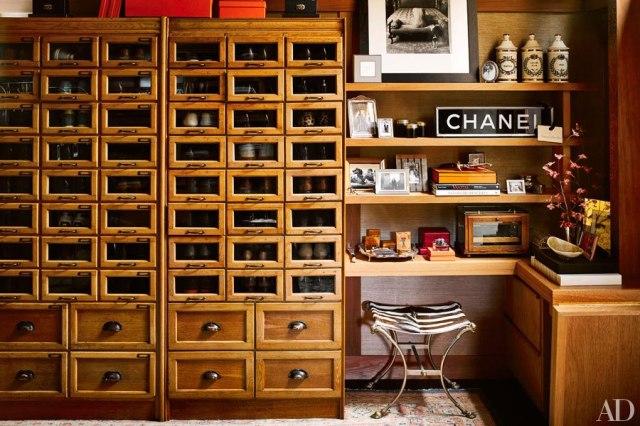 item11.rendition.slideshowHorizontal.ken-fulk-san-francisco-home-11-walk-in-closet