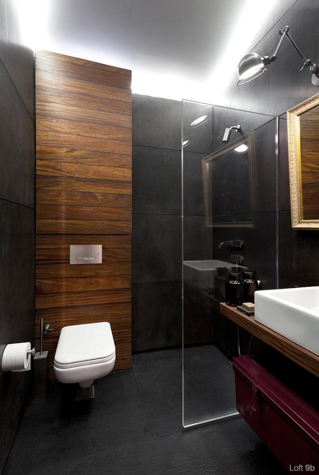 Spectacular-Small-Attic-Apartment-24