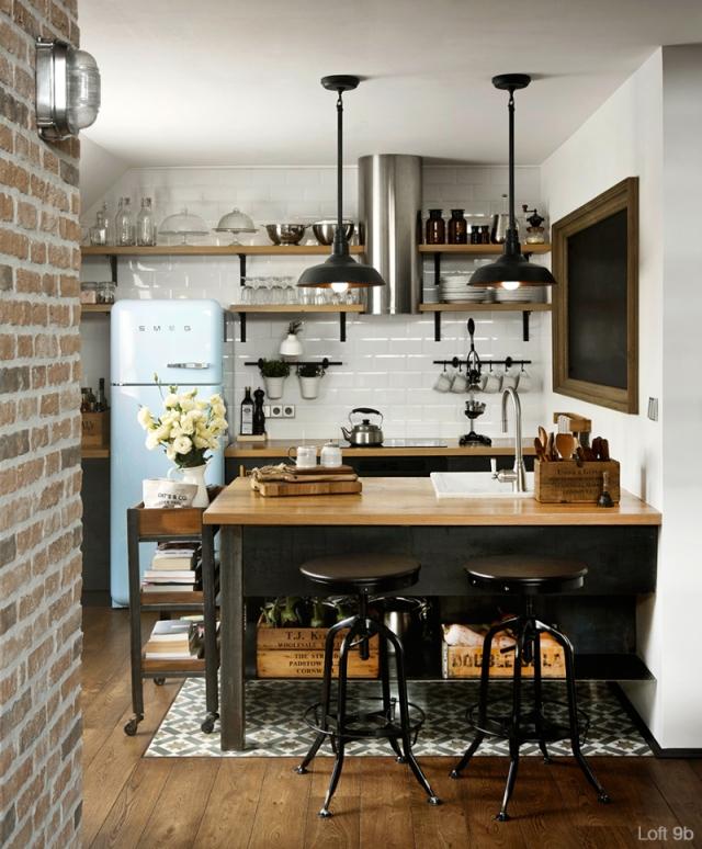 Spectacular-Small-Attic-Apartment-6