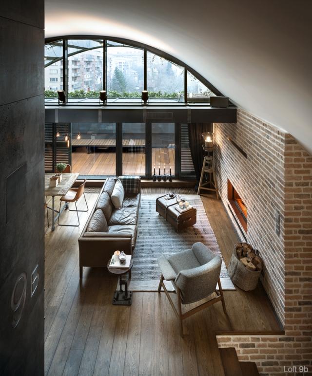 Spectacular-Small-Attic-Apartment-7