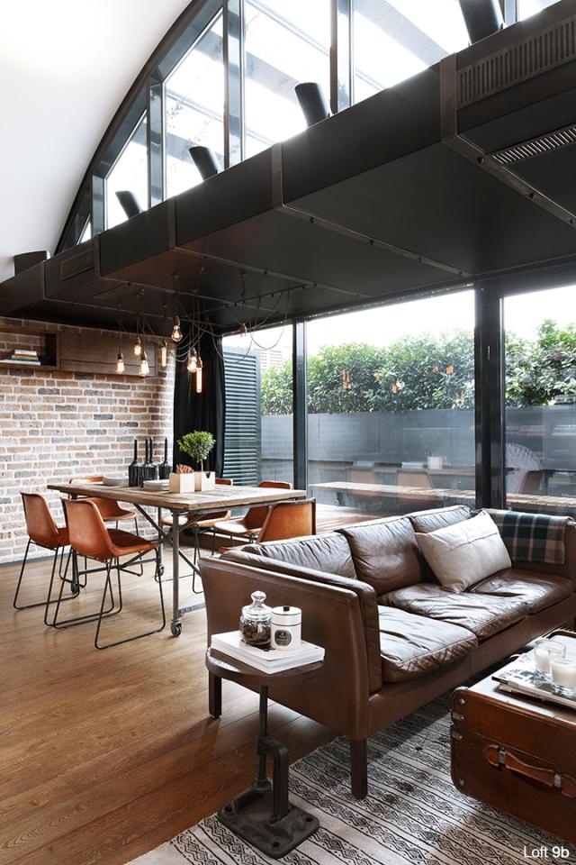 Spectacular-Small-Attic-Apartment-9