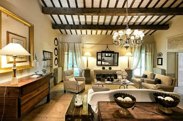 conuntry-rustic-interior-with-wood-beams-3-622x414