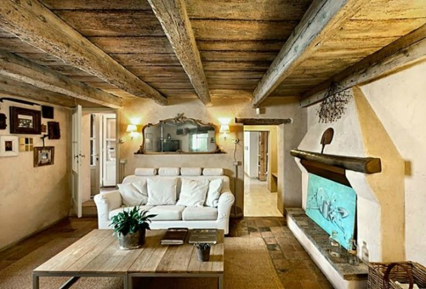 conuntry-rustic-interior-with-wood-beams-9-622x422