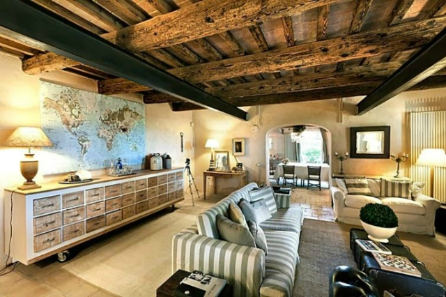 conuntry-rustic-interior-with-wood-beams
