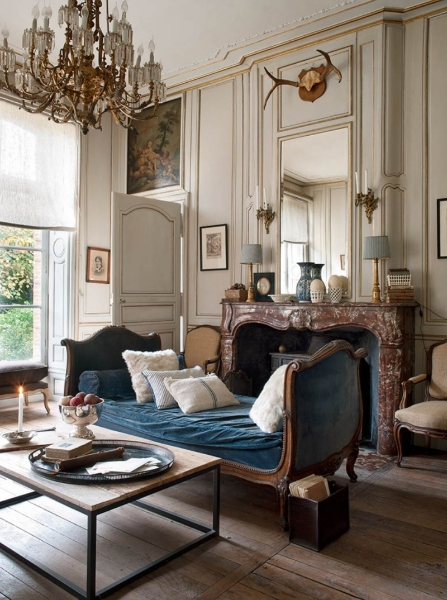 french-historic-mansion-12