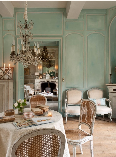 french-historic-mansion-7