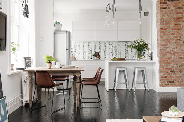 Stylish-Renovated-Apartment-Sweden-06-1-Kindesign