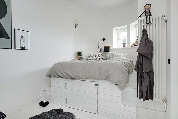 Stylish-Renovated-Apartment-Sweden-25-1-Kindesign