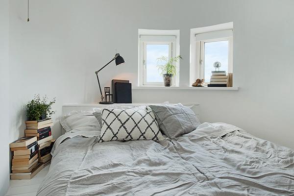 Stylish-Renovated-Apartment-Sweden-27-1-Kindesign