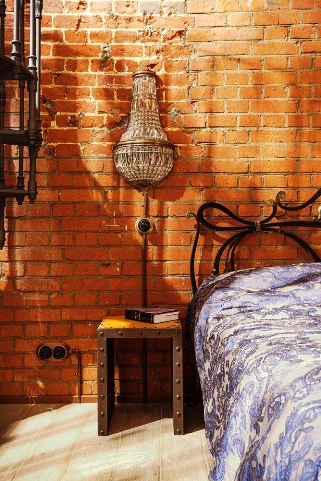 loft-s-kirpichnymi-stenami-v-moskve-14