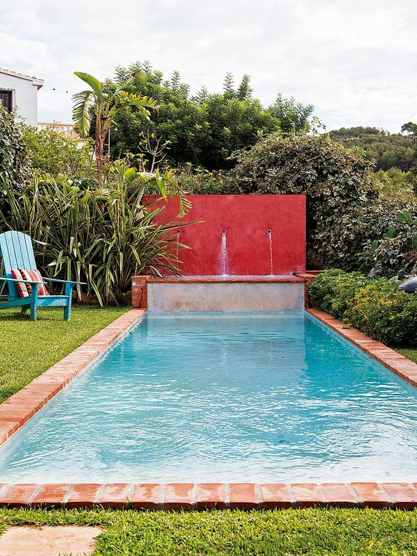una-piscina-tipo-alberca_ampliacion